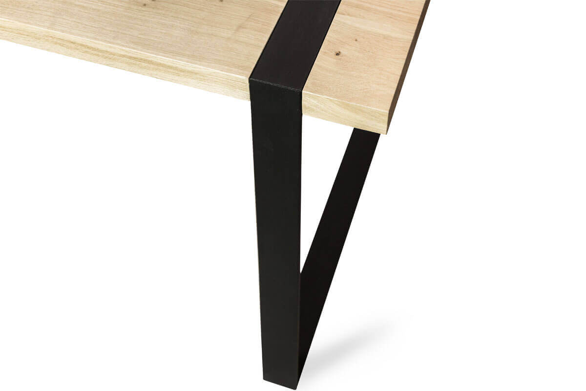 TAULUKKO dining table from LOFT Decora