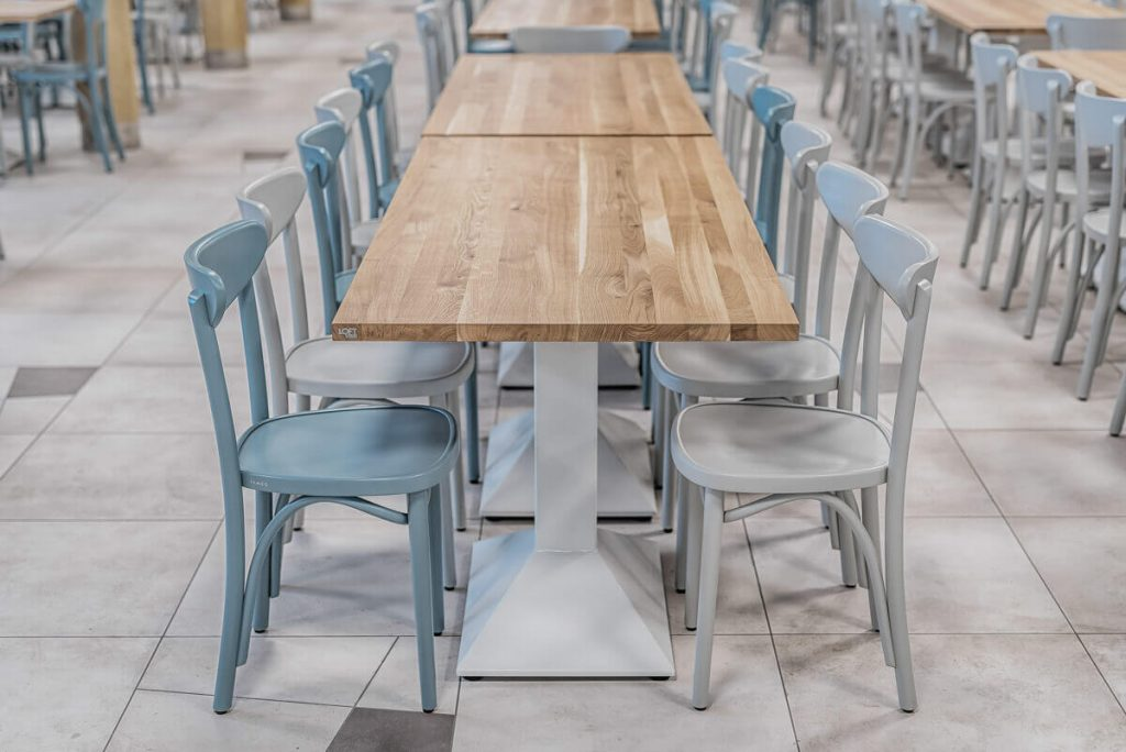 Steak restaurant tables