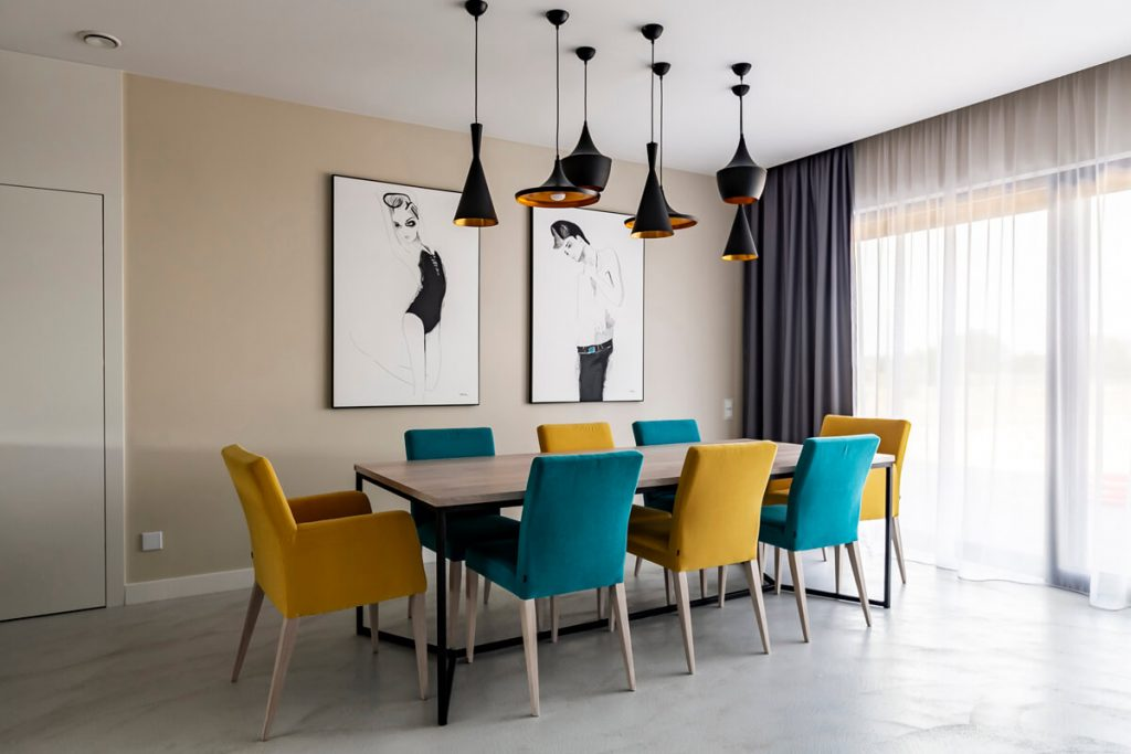 An industrial dining table designed by LOFT Decora